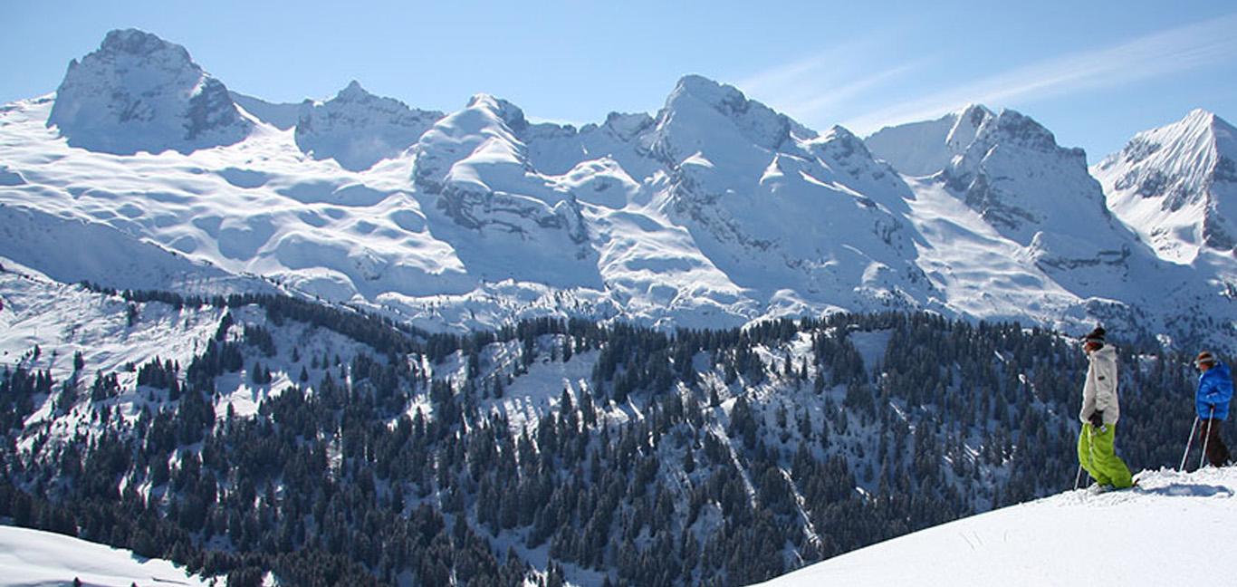 Snowboard Shop Grand Bornand
